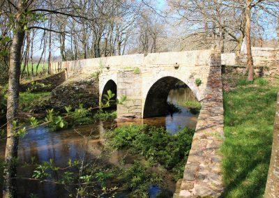Puente Vieja de Martiñán (Corvelle)